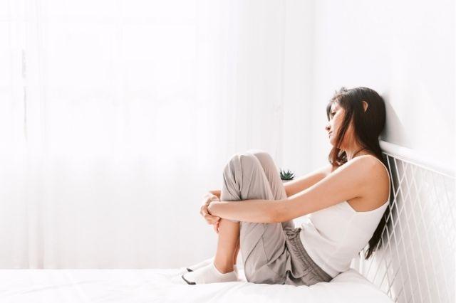 social-anxiety-woman